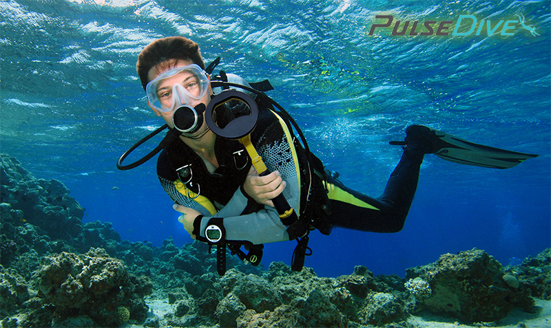 Diver with Pulse Scuba Detector